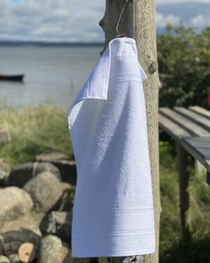 Virkelig smukt hvidt gaestehåndklaede i 100% bomuld fra finehome