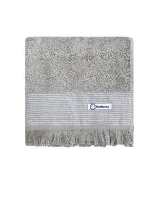 grå håndklæder med frynser