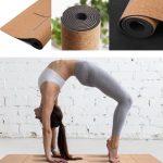 korkmåtte med naturgummibund og positionslinjer til yogaøvelser