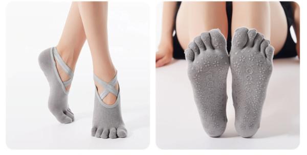 Tåsokker til Yoga & Pilates i grå fra finehome