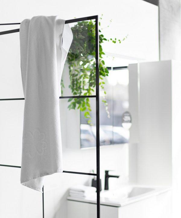 badehåndklæde 70x140 organic hearts fra finehome i hvid