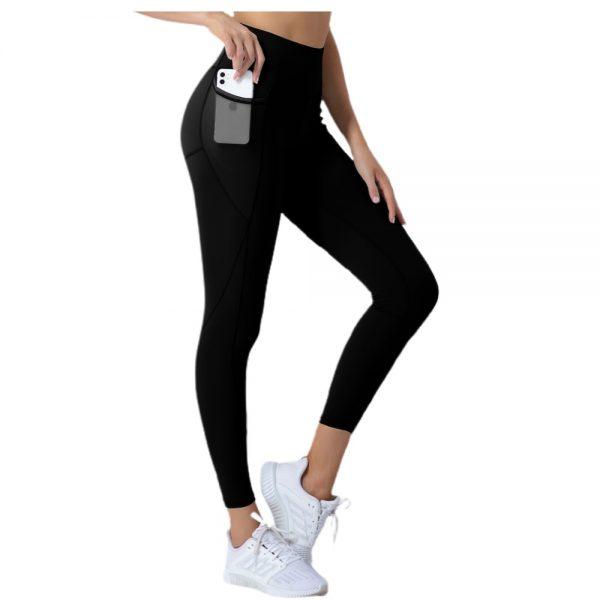sorte træningstights til kvinder med lomme hvor der er plads til mobiltelefonen