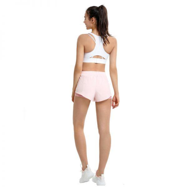 funktionelle lyserøde shorts